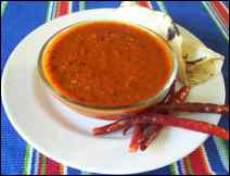 Salsa de Chiles Secos con Queso